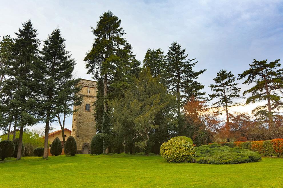 La tour du Domaine des Cèdres